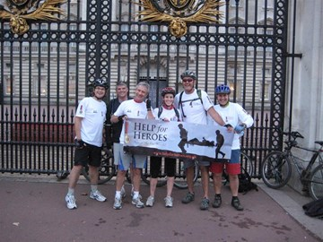 The team in front of Buckingham Palace