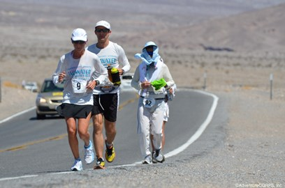 Runners competing in the 2012 Badwater marathon