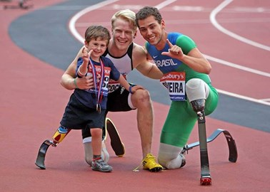 Rio with his Paralympic Heroes, Jonnie Peacock and Alan Oliveira, after the T44 100m at The Anniversary Games, 28th July 2013