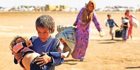 People fleeing ISIS from Kobane