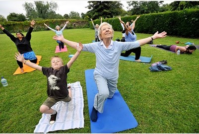 Yoga in the park 2014 - 1