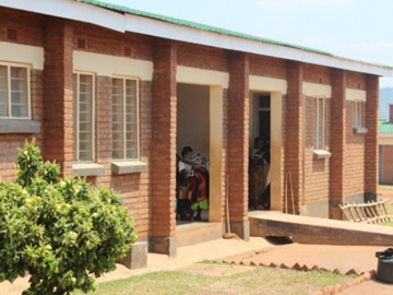 Somba Health Clinic in Malawi, working tirelessly 24 hours a day to provide FREE healthcare and medication to patients suffering from HIV/Aids, Malnutrition, Malaria and More... Help Us Help Them by donating Today