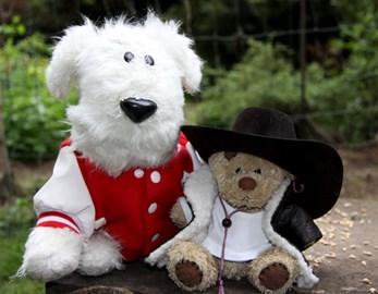 Arthur Brandon (L) and Bear Growls(R)