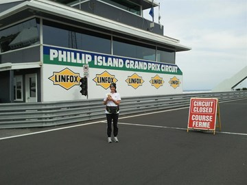 Phillip Island....before shot.x