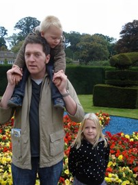 Richard with the children