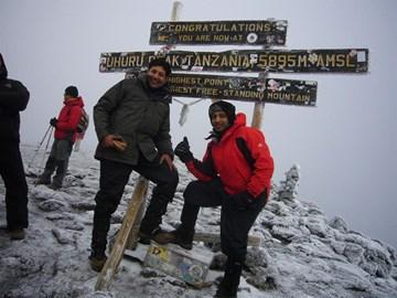 Uhuru Peak - Mt Kilimanjaro - Oct' 2009