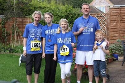 A family affair - Cardiff 10k 2011