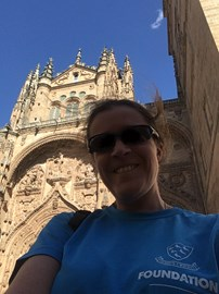 Not my best side...but the SCF T-shirt is visible :) Here I am outside Salamanca Cathedral, just over the half-way point.