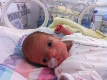 Olivia aged 2.5weeks
