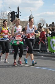 Kerry Clark,our number one fundraiser in 2013,completes the London Marathon