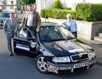 Picture of the Car with our two corporate sponsors: Brewer Harding & Rowe Solicitors LLP (represented by Mike Chittock); and Wright Commercial (represented by Tim Hickman).