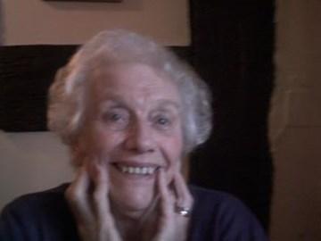 Glenyse Jones 3/10/30-30/2/11