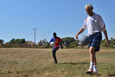 """5-goal Bill"" juggles around Uganda"