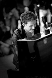 Stephen Ridley Live in Milan