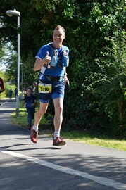 Thumbs up, being brave toward the end of Salisbury 54321 50km