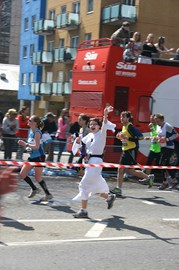 Princess Leia runs VLM 2013