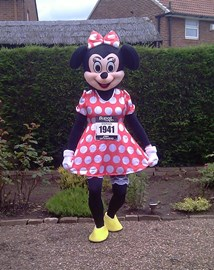 2012-07-22. BUPA Great North 10k -Minnie