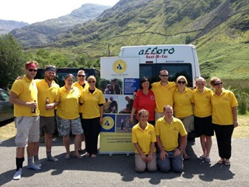 All 12 Fundraisers post climb in Snowdon