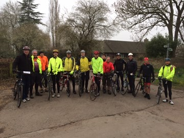 11 cyclist and 2 tandem riders at the start line, Fen Ditton, 7.30