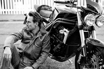 Michael Fassbender & bike (2010)