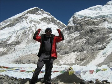 Reaching Everest Base Camp 2009