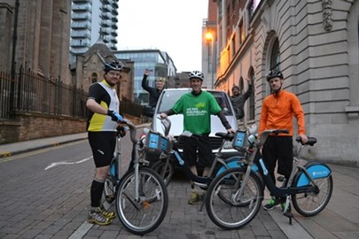 Boris v Le Tour - The team at the start in Leeds of the bike challenge to ride stage 1 of the 2014 Tour de France
