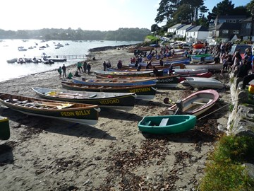 Gig racing at Helford Passage