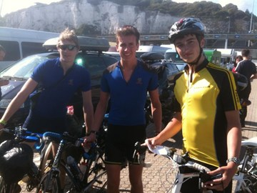 Day4: Lads reach Dover to plan