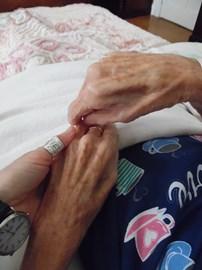 My mother's hands, November 2014