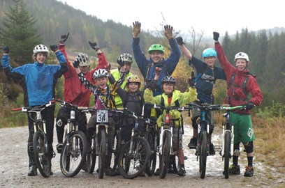 Hands up for a new blue trail!