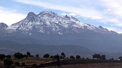 Volcano Iztaccíhuatl, Mexico