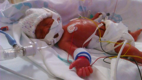 Caden, 1 day old
