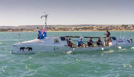 Courtesy of Richard Rossiter Photography, Geraldton, Western Australia