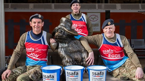 10/04/2017 Paddington Bucket Collection Team