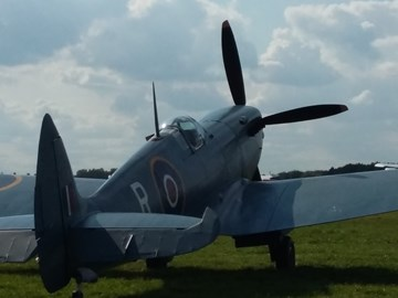 Spitfire at White Waltham