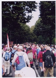 Thousands of walkers take part