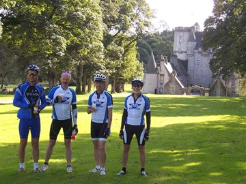 Refreshment stop at Castle Fraser