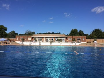 Parliament Hill Fields Lido