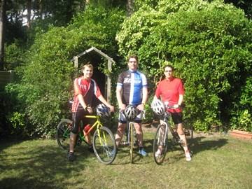 The R,R&B cycling team