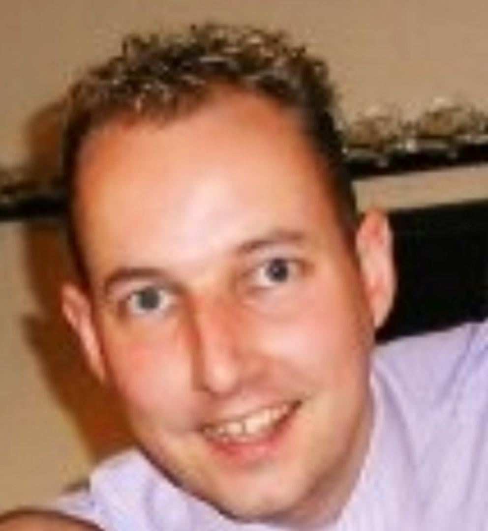 Grant Shewan is fundraising for Allergy UK