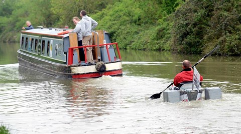Rob keeping up with the narrowboats