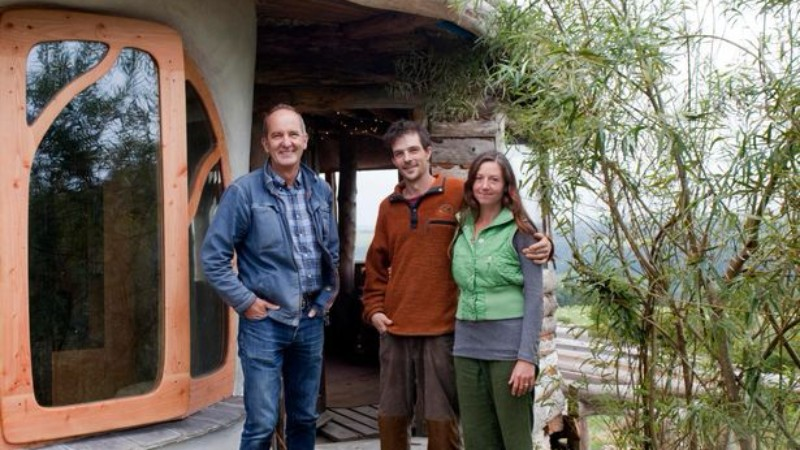 Help raise £50000 to help our friends, Simon and Jasmine Dale and family , rebuild their lives after their eco build home was destroyed by fire on New Years Day
