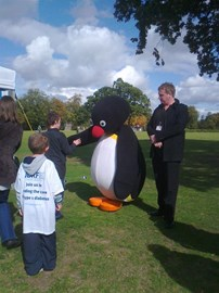 Jake meets Pingu at the JDRF walk.