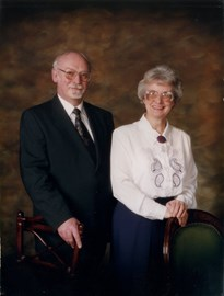 Dad & mum in 1993. He already has Alzheimers but it's not apparent.