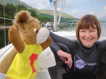 Tufty coaches Sue in Derwentwater