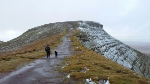 Winter walking on Brecon Beacons
