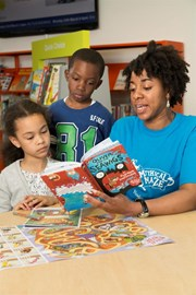 Reading with a Summer Reading Challenge volunteer