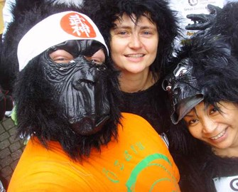 Team Ozaru at the Great Gorilla Run 2010